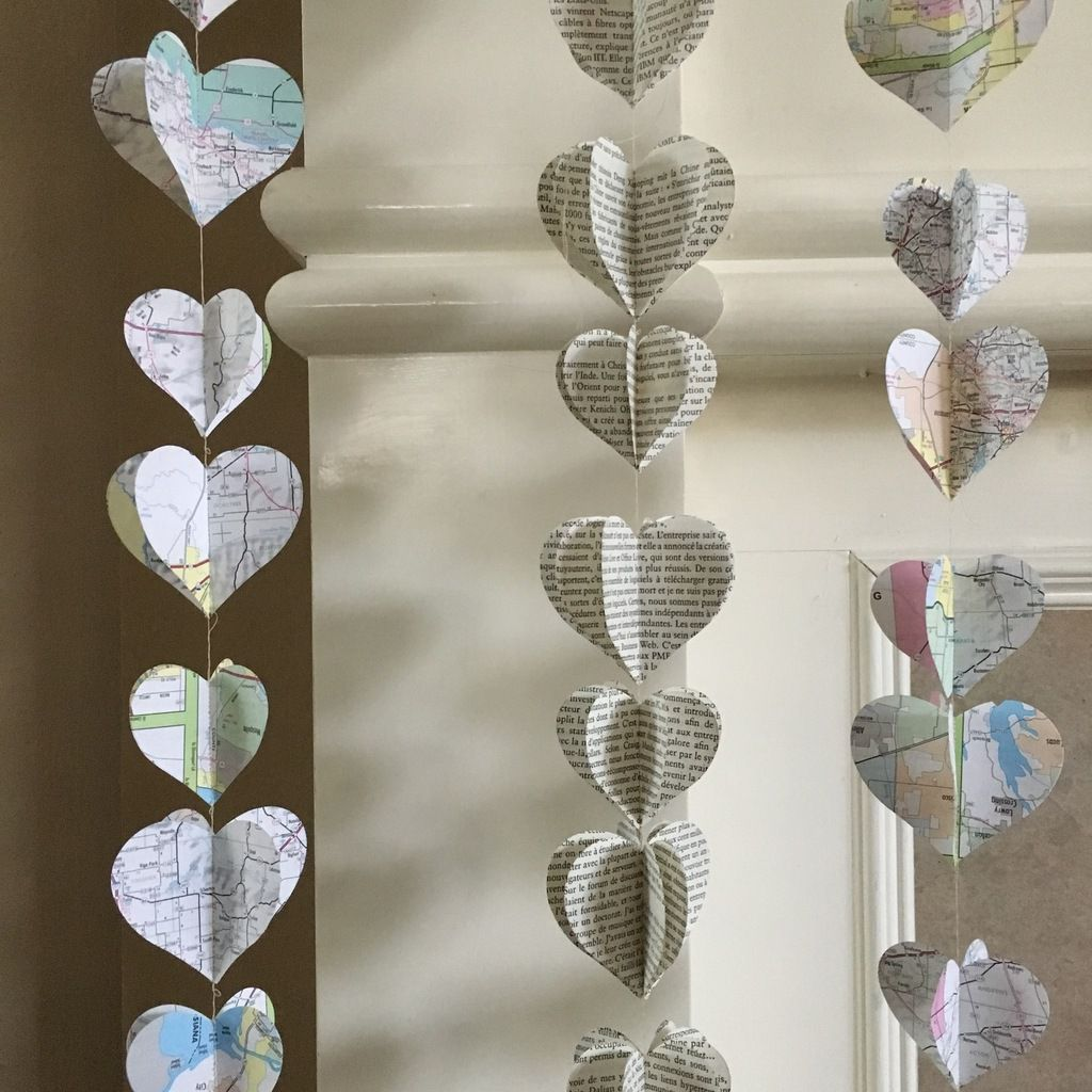 Décorations pour la Saint Valentin en papier, tissus, feutrine, boutons etc...