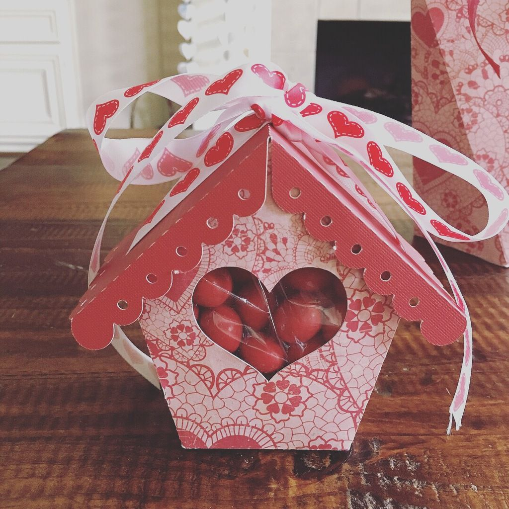 Heart Window Birdhouse