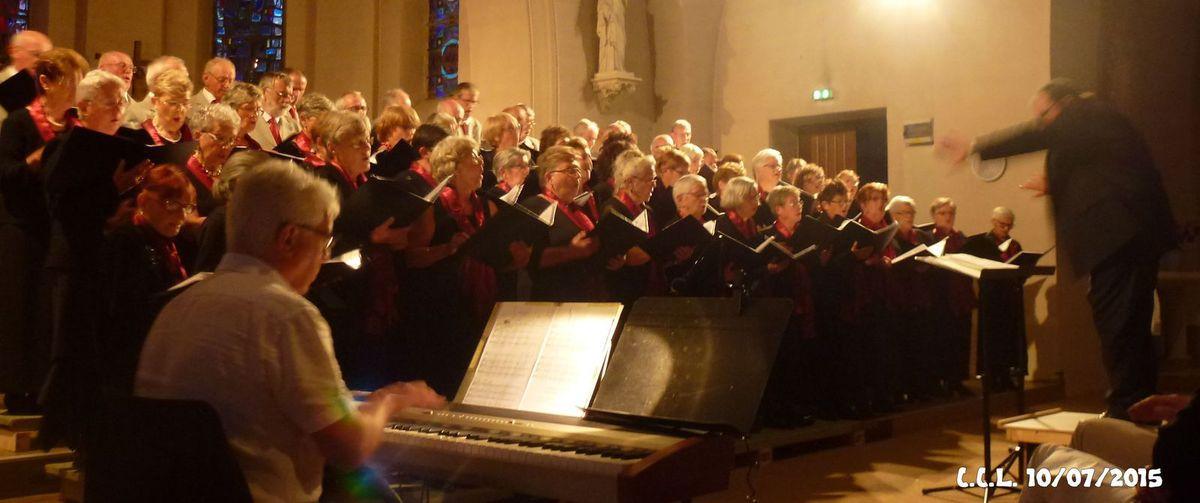 10 juillet 2015 : Eglise de BRIGNOGAN, concert par la Chorale de la Côte des Légendes