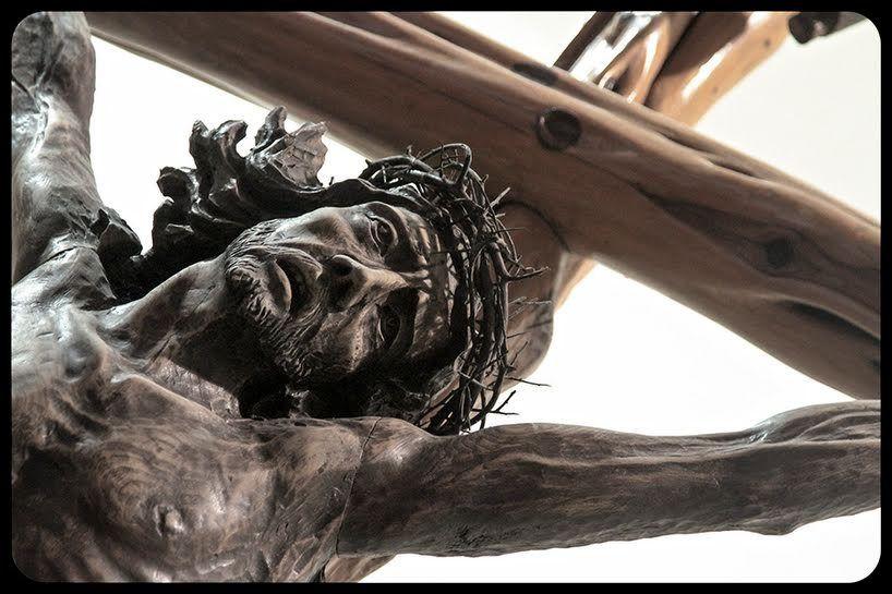 Les 8 raisons de prier le chemin de croix