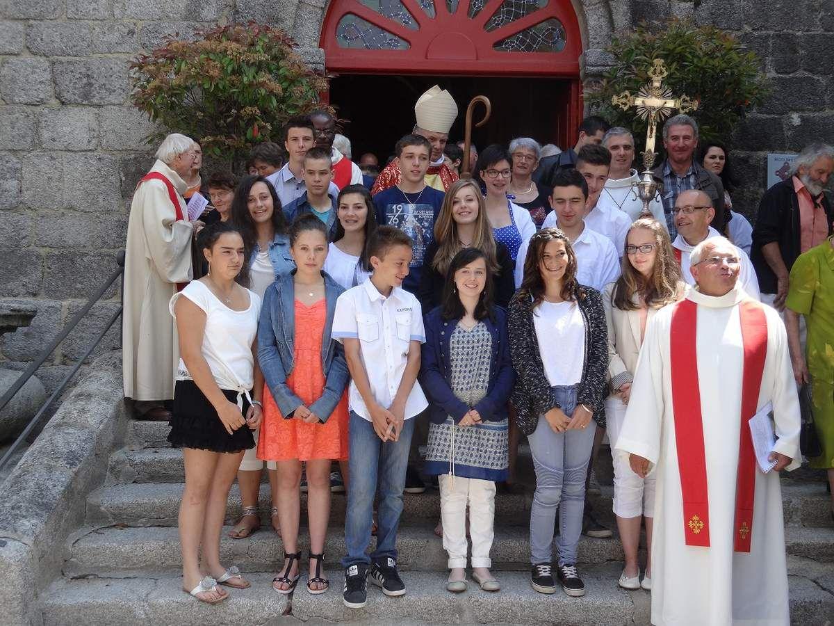 Le groupe des Confirmands de la zone pastorale de la Châtaigneraie