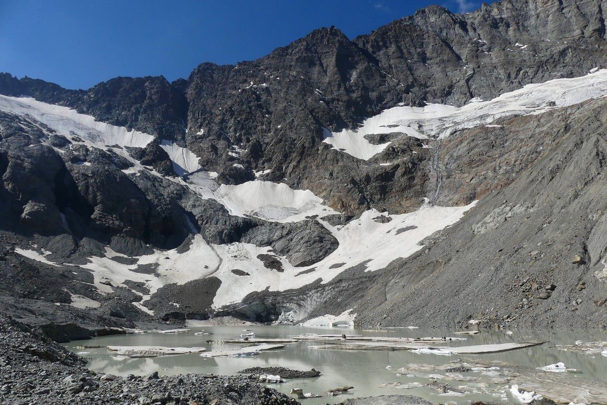 2 Jours dans le vallon de la Lavey J2 : Lac de la Muande (2350m)