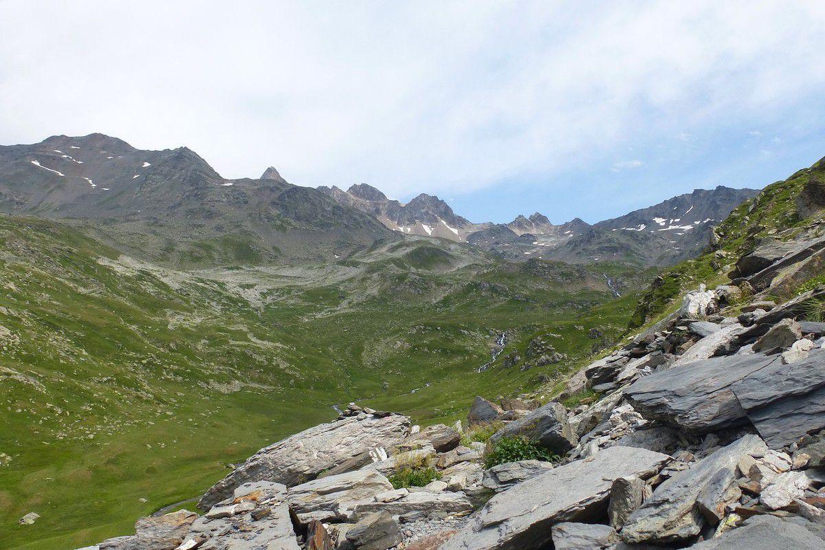 3 Jours dans les Cerces : J1 Montée au refuge de Terre Rouge et Lac Curtalès (2441m)