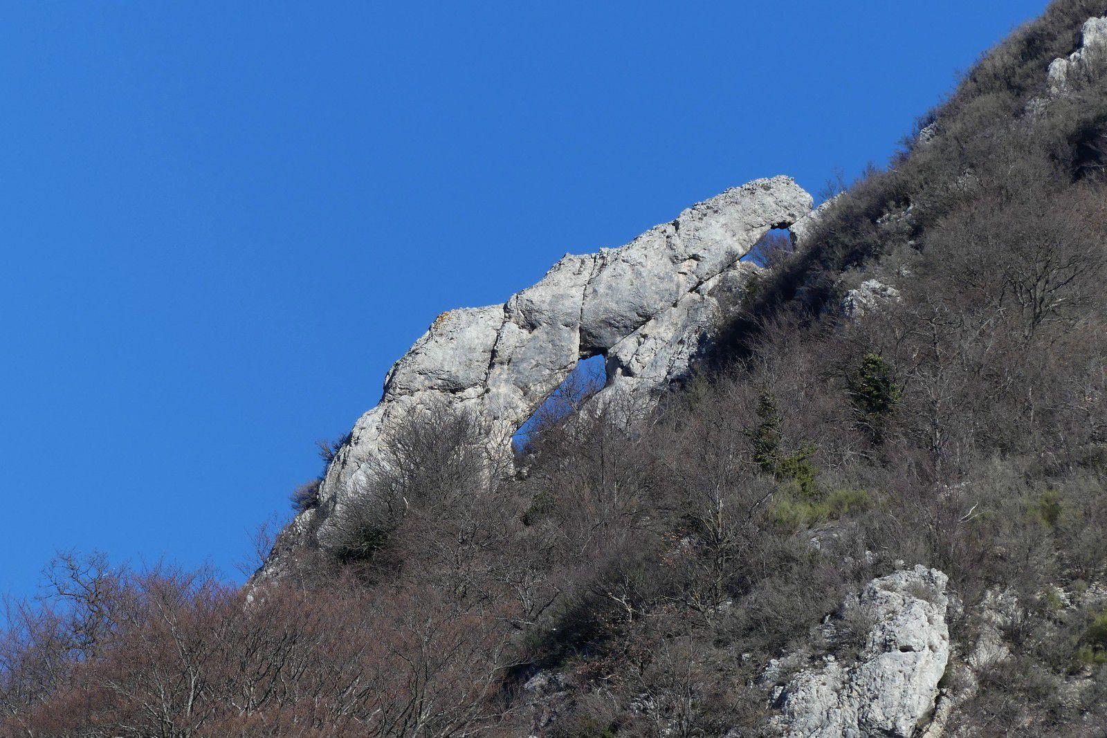 Le Tour du Rocher Saint Supière