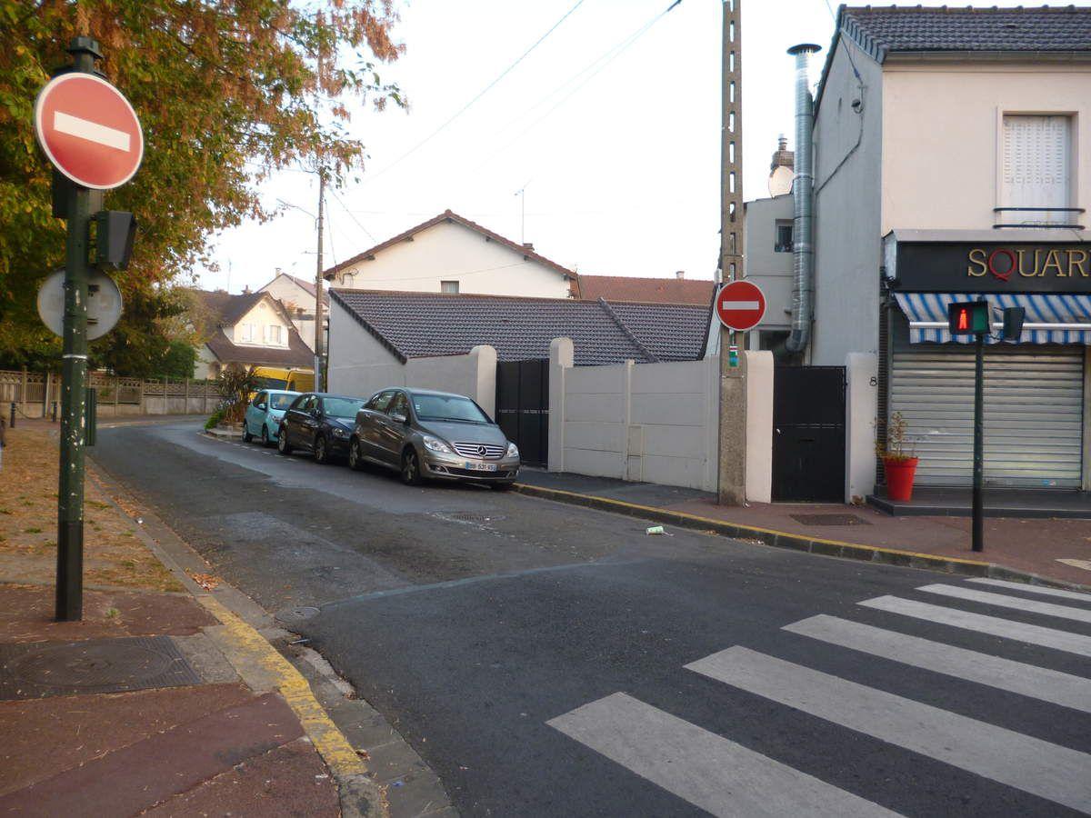 Découverte de la ville de Neuilly plaisance. Elèves de l'UPE2A