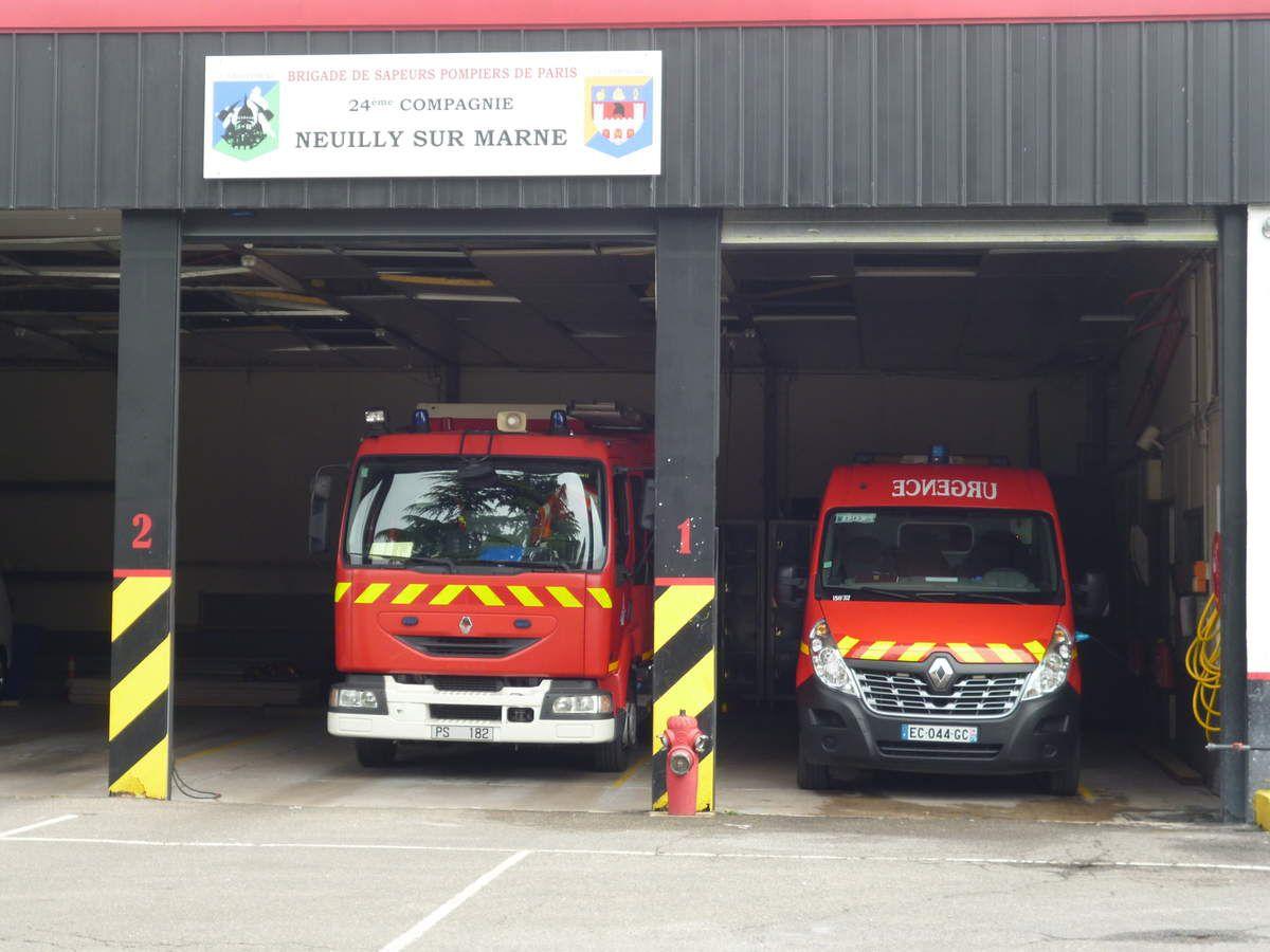 à la caserne des pompiers