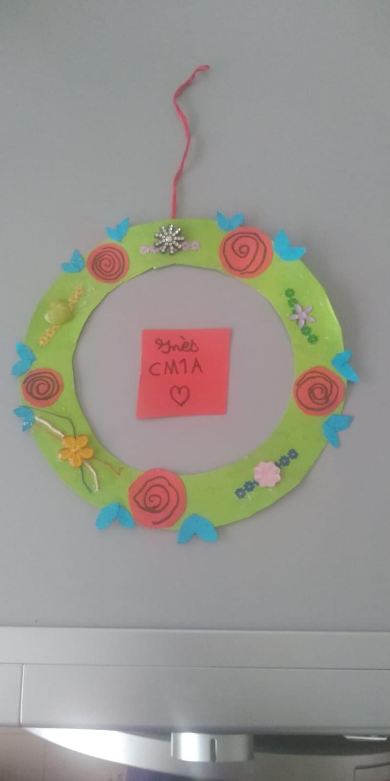 La couronne de fleurs de Inès CM1A