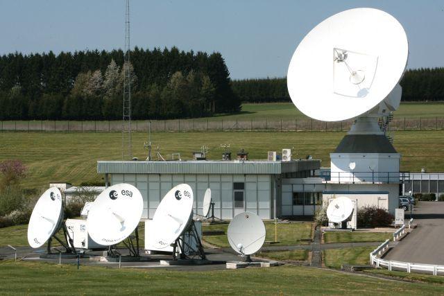 Paraboles satellites à Redu