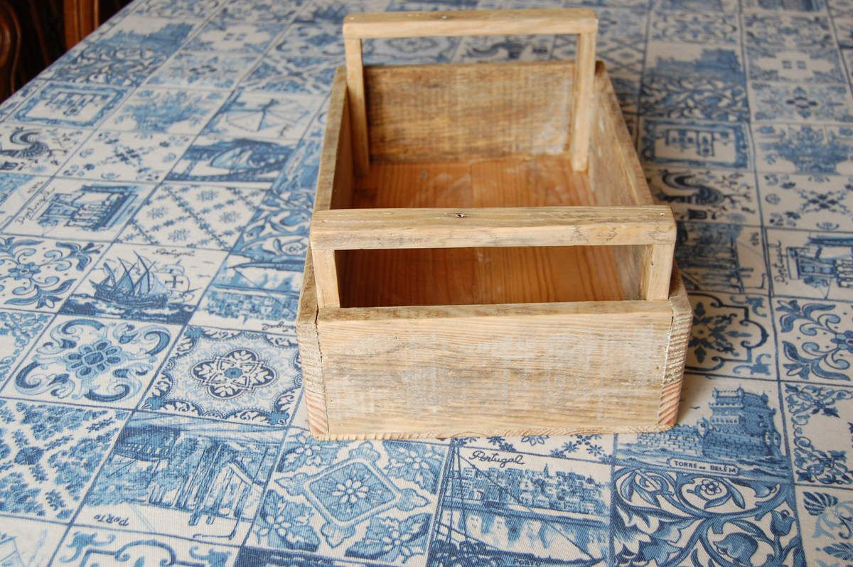 Petites caisses de décoration pour votre intérieur, réalisées avec du très vieux bois de palettes (bois non traité)