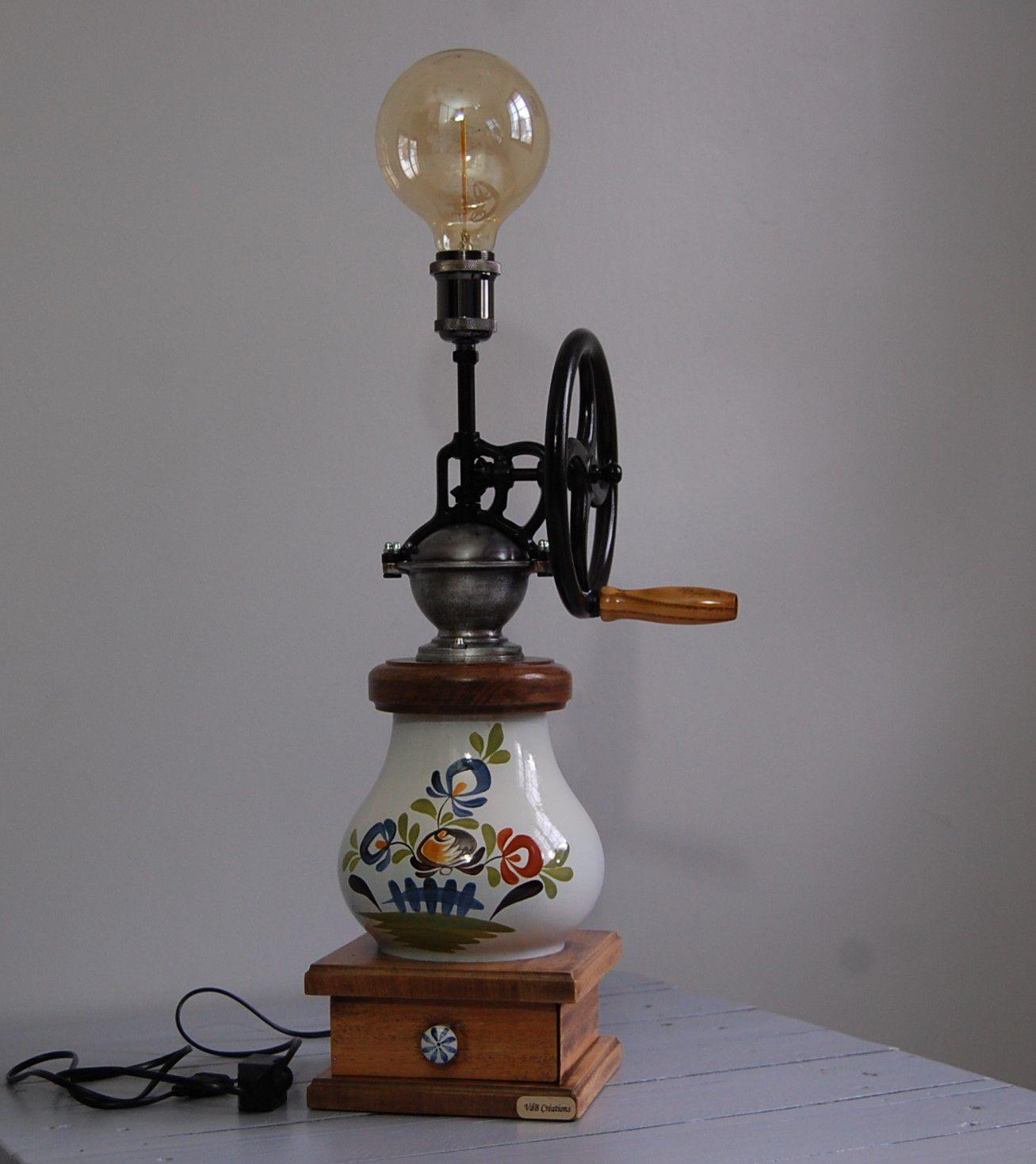 LAMPE ANCIEN MOULIN A CAFE (détournementd'objet)