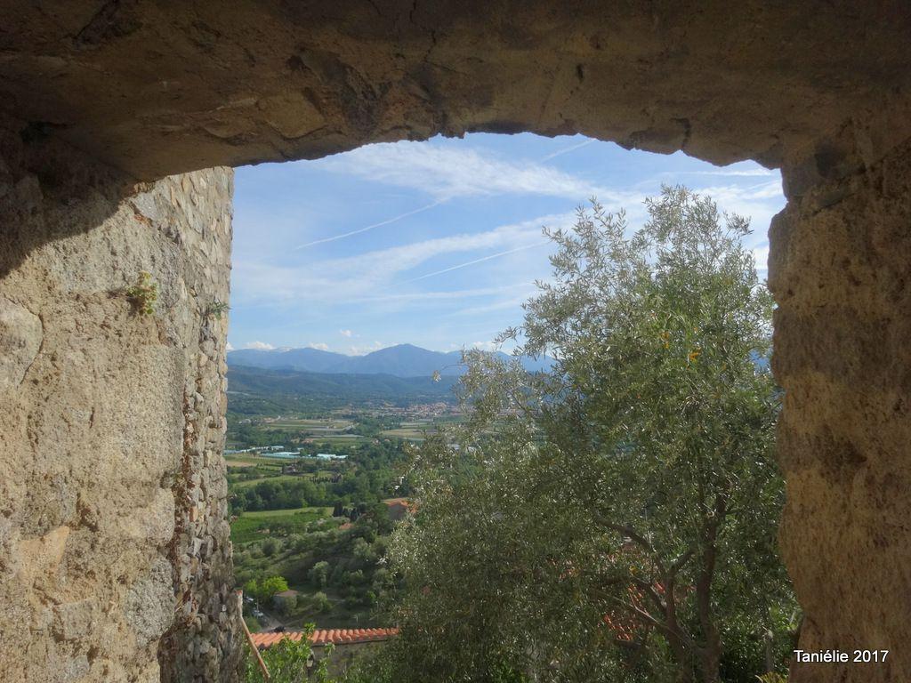 EUS, village perché dans la vallée du Conflent