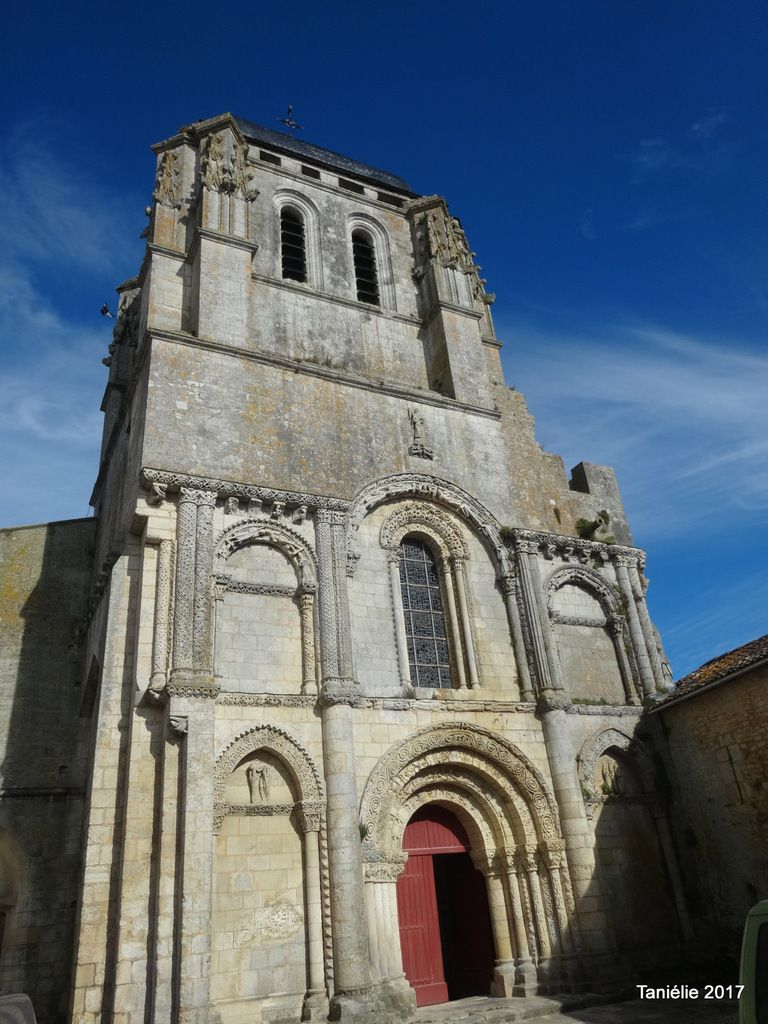 Corme Royal L'église Saint Nazaire