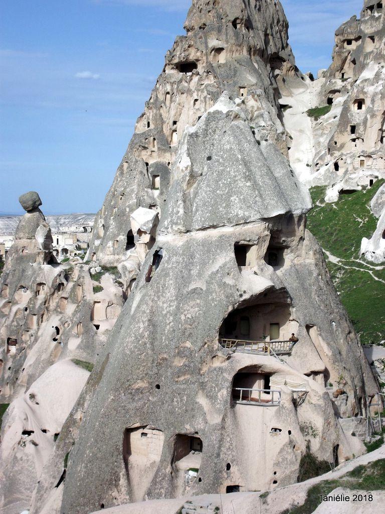 Habitations troglodytes Uchisar Cappadoce Turquie