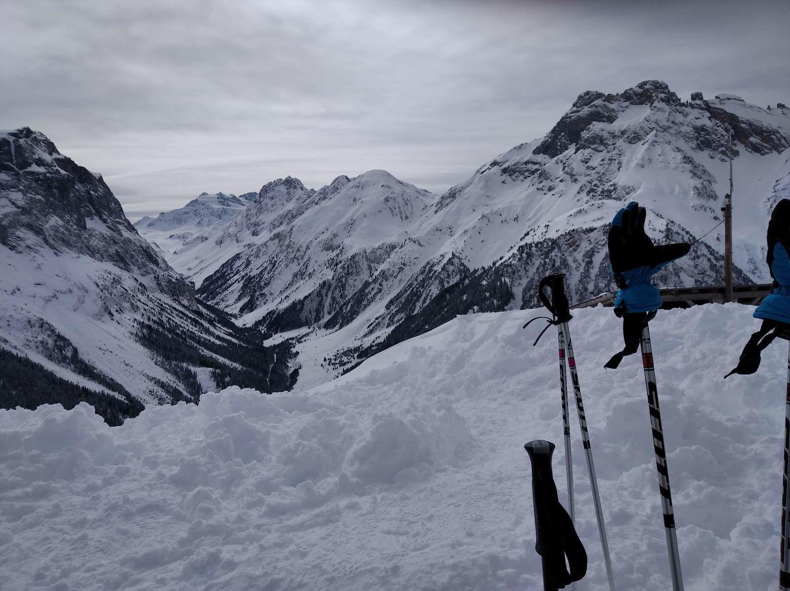La vallée de Chavière , le petit Mont-Blanc et Péclet Polset