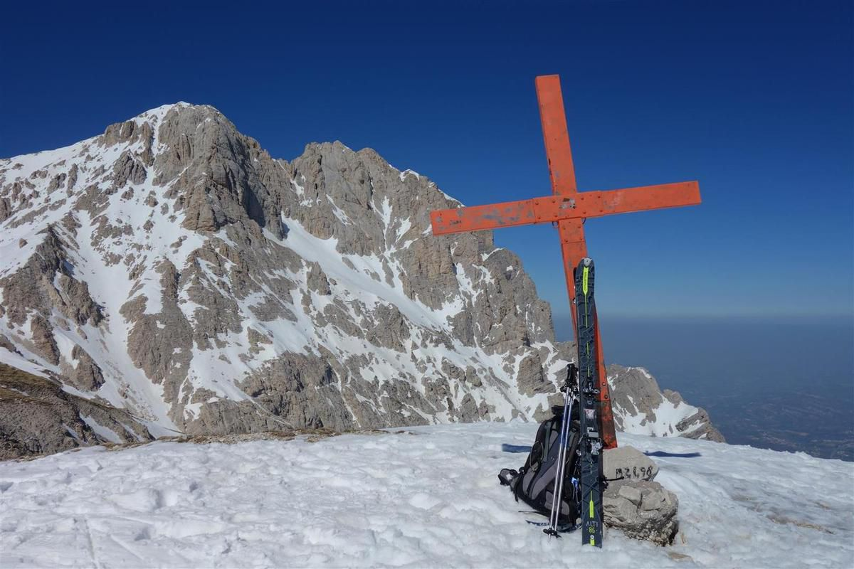 au sommet du Monte Aquila