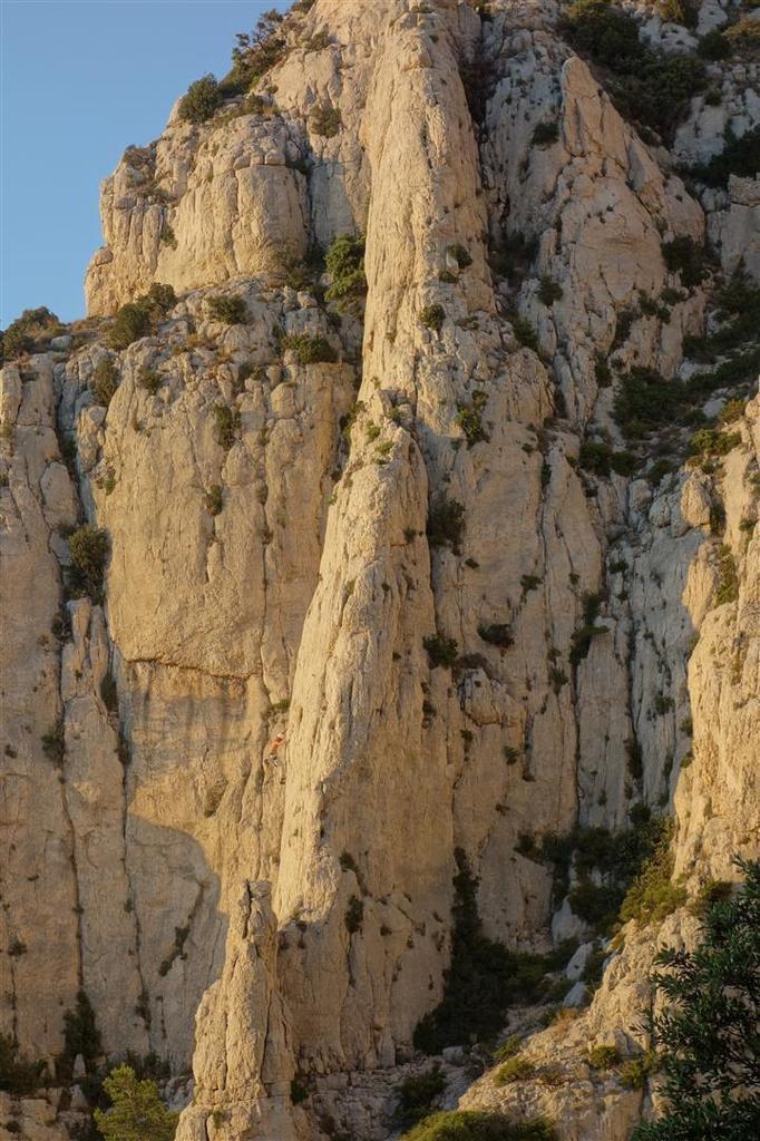 lumières vespérales vers Marseille et les aiguilles