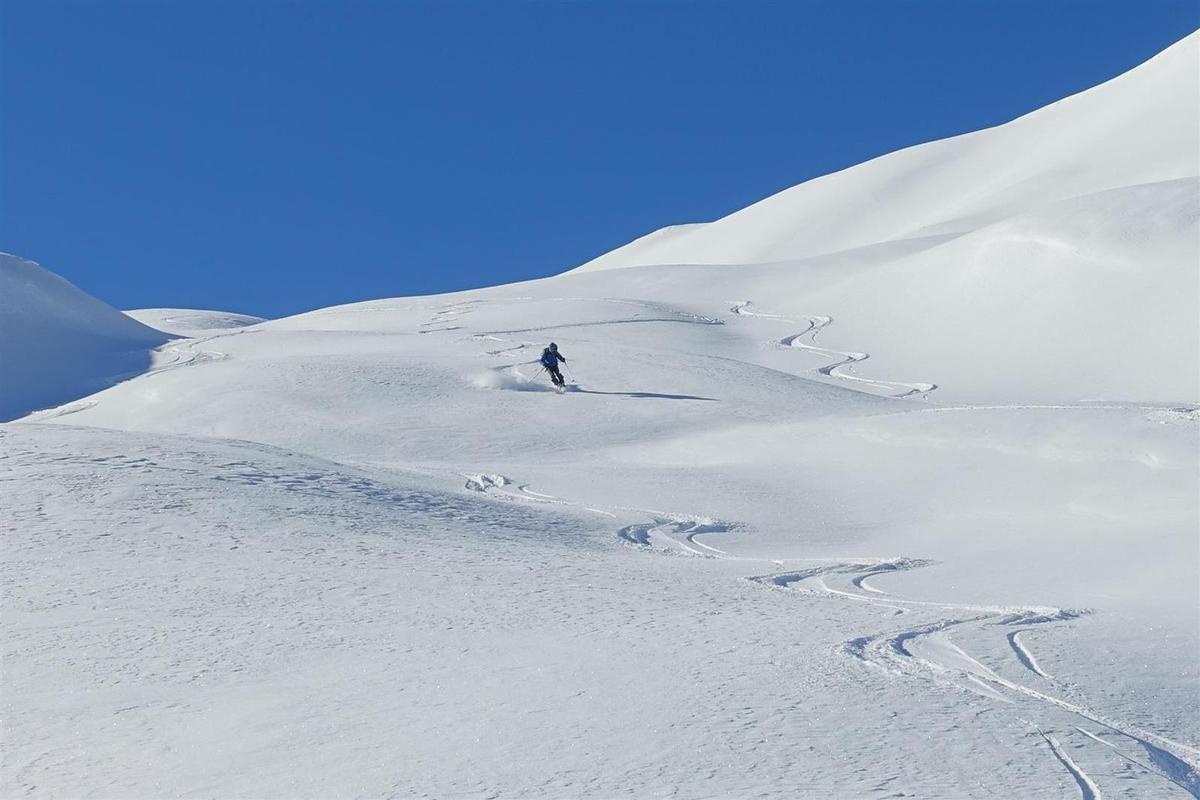 première descente versant nord-est du col de la Gardette...