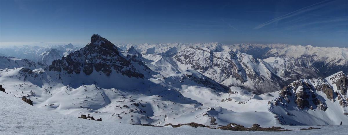 J2 : panorama du sommet de la pointe d'Aval ou de Chauvet