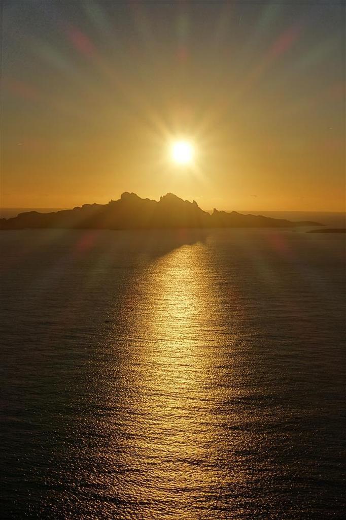 crépuscule sur le Riou