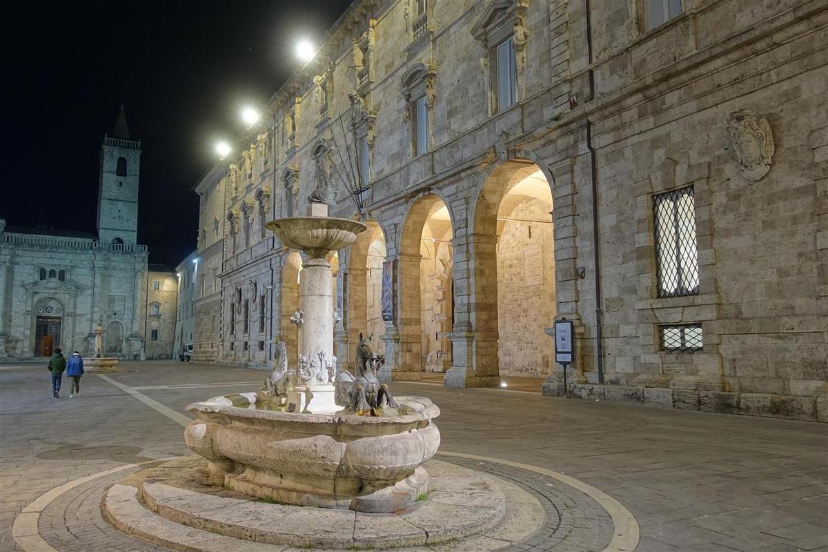 le 16 janvier : dans le centre historique d'Ascoli Piceno