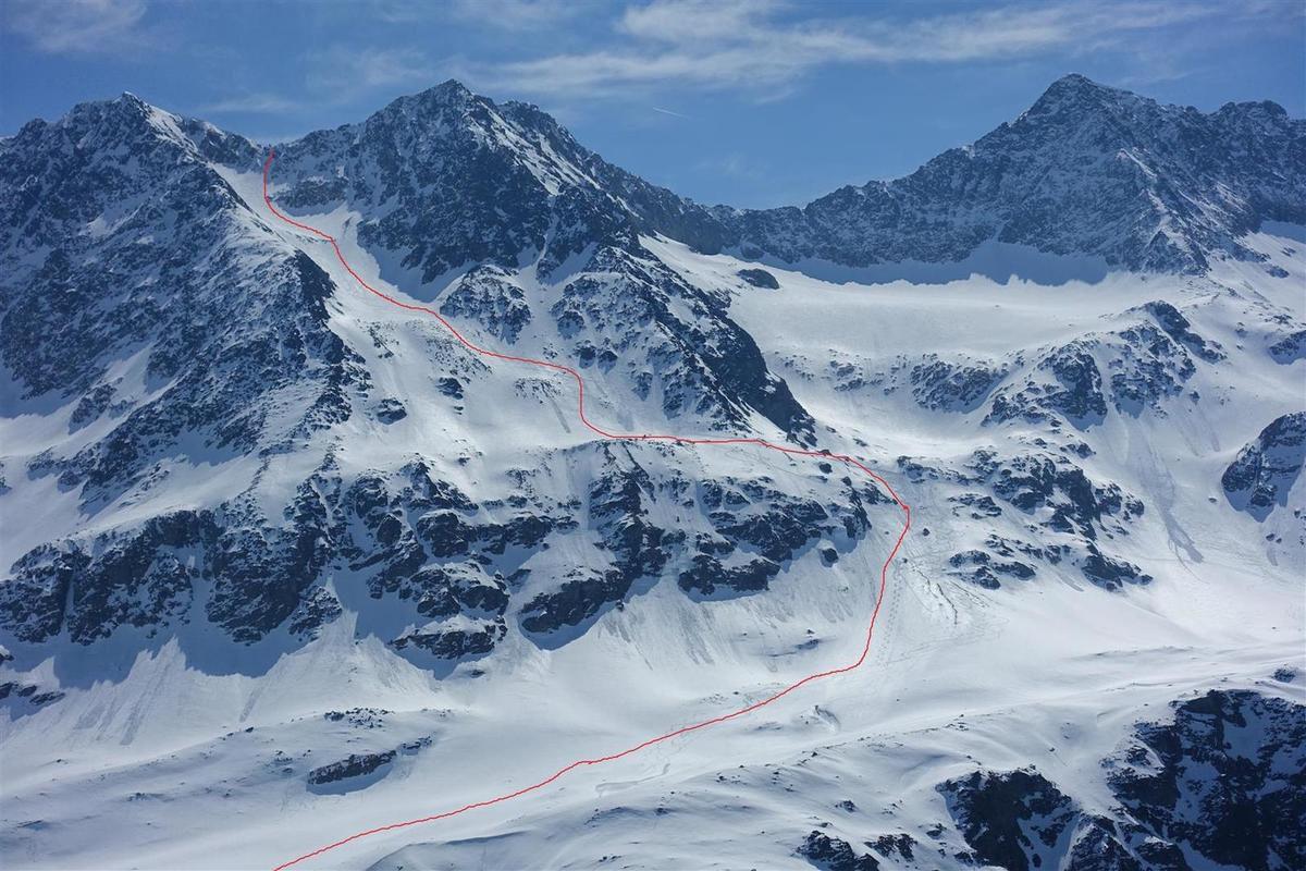 la descente ouest vue 5 jours plus tard de Côte Belle et le passage délicat de la Brèche des Cochettes, encore plus sans corde