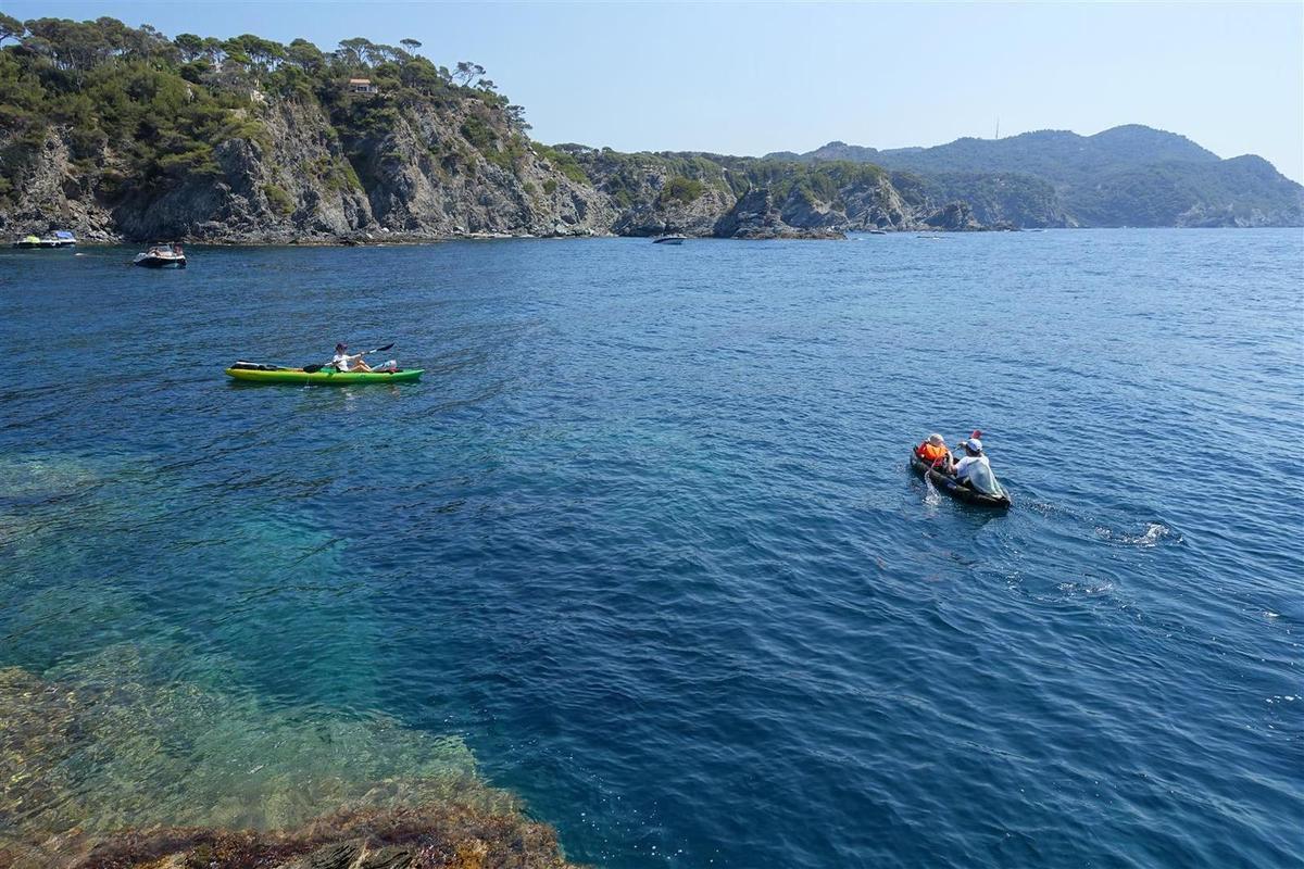 au départ, les couleurs de la Méditerranée