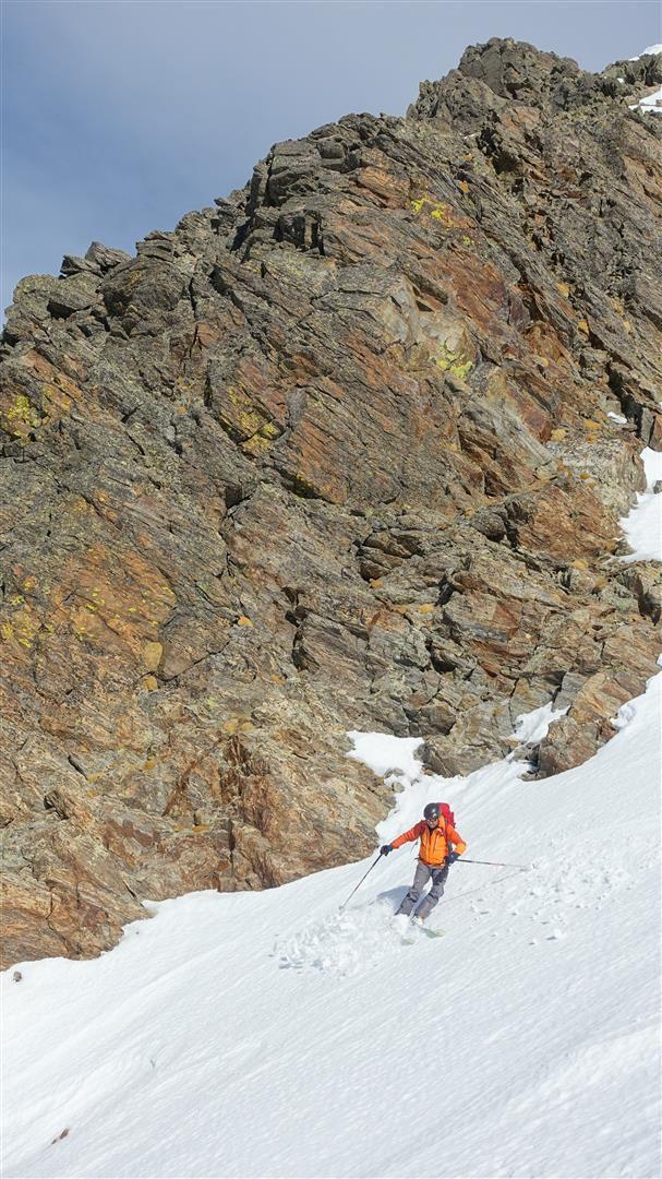 J1 : descente ouest sous le pas d'Ischiator