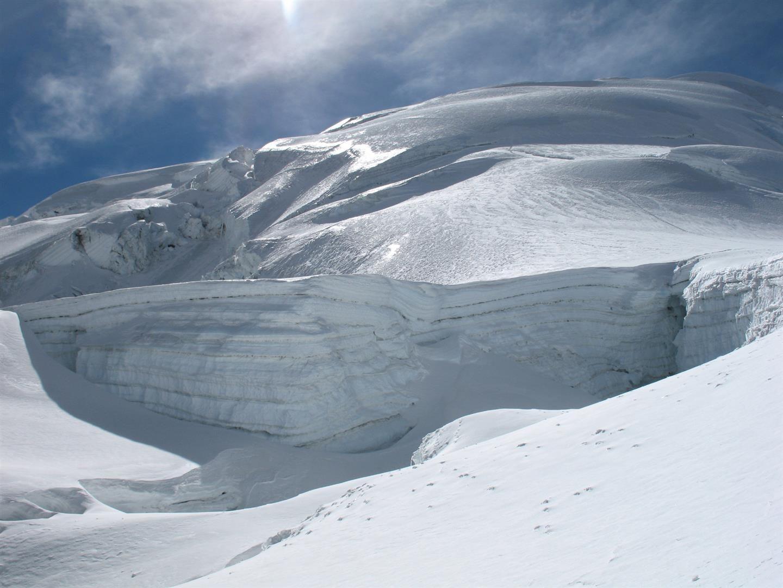 corniches et ice-flutes vus de la cote 5800 m, la quintessence de la Cordillère des Andes