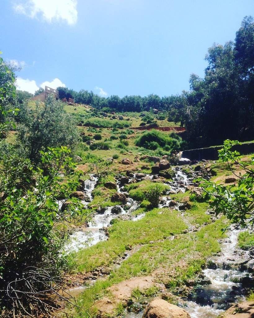 """La grande famille au Maroc : saison 2 épisode 1 """"Le repérage"""""""