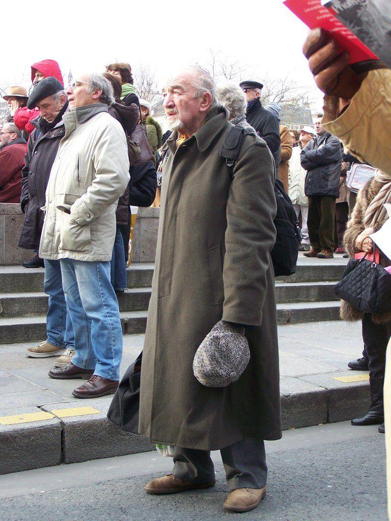 (c) F.S. Janvier 2007.