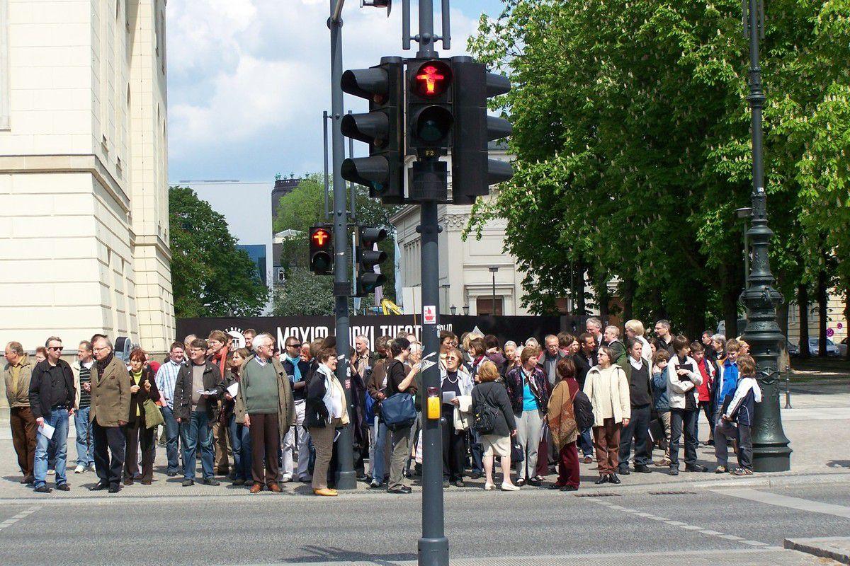 Achtung ! Sie verlassen jetz West-Berlin