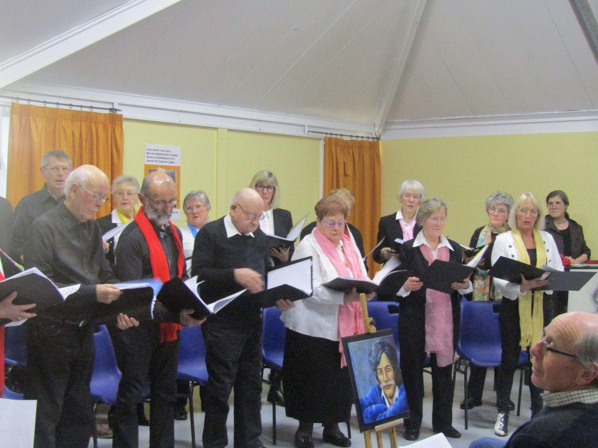 La chorale de l'Amicale Laïque a chanté Ferrat et Aragon