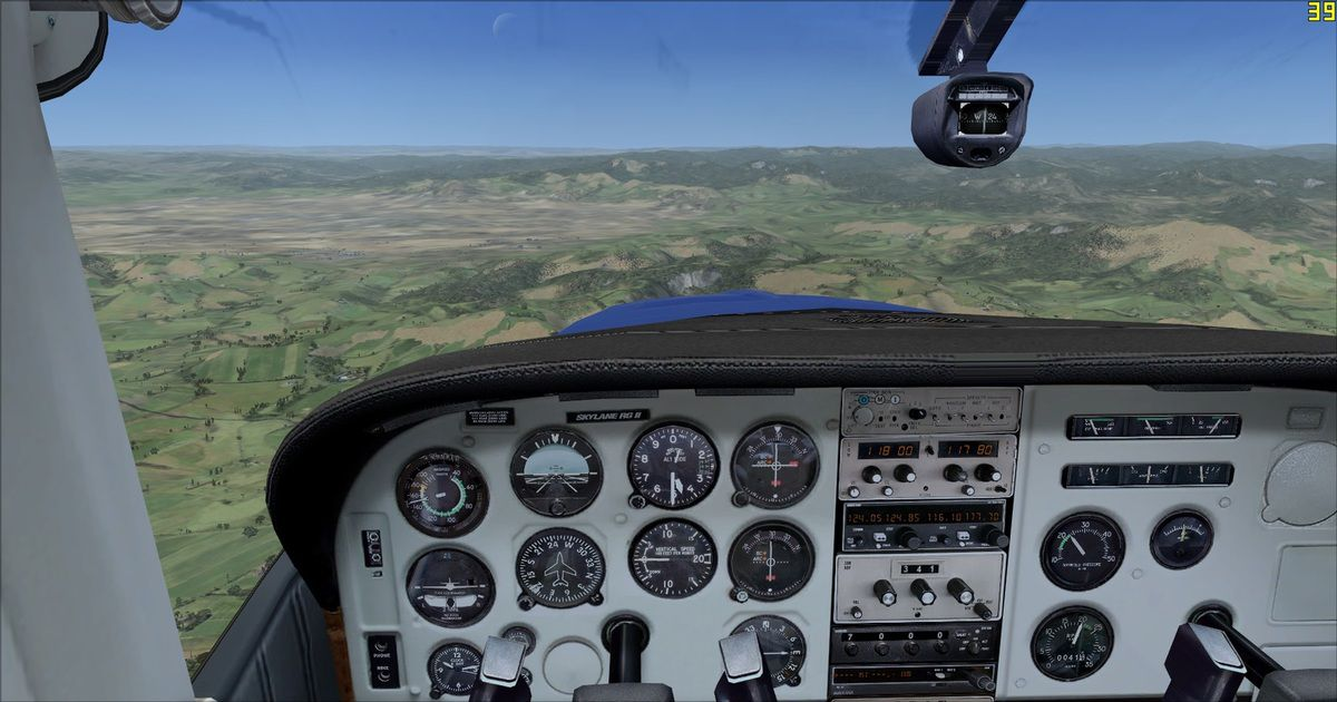 4500ft : passera, passera pas ? Finalement montée vers 6500ft pour être en sécurité car la brume menaçait les aéronefs et leurs pilotes...