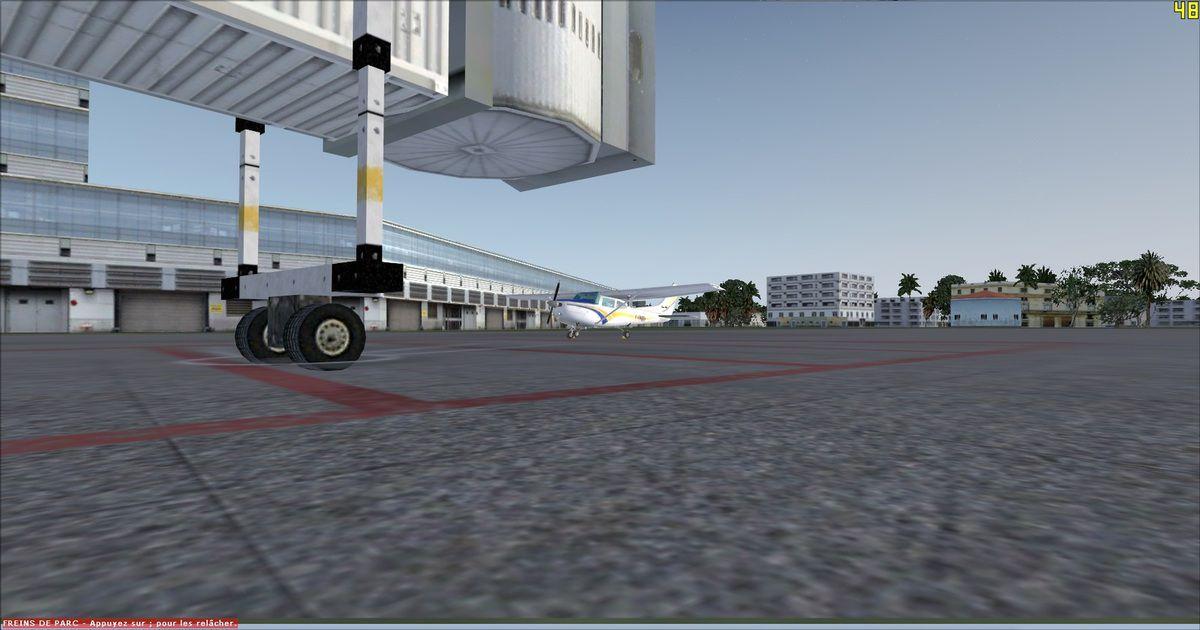 Le Cessna 182RG au parking avant le départ de La Havane...