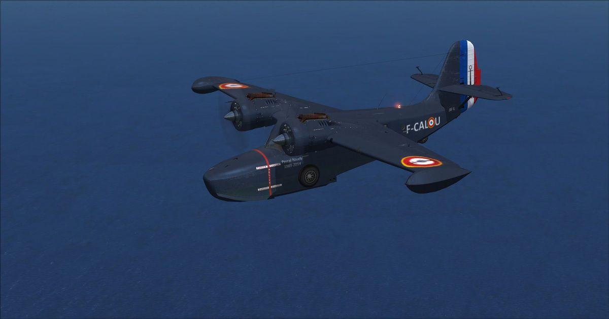 Le magnifique Grumman Goose à la livrée de la French Navy avec une immatriculation personnalisée afin de rendre hommage au neveu disparu trop tôt du Président de AVYA...