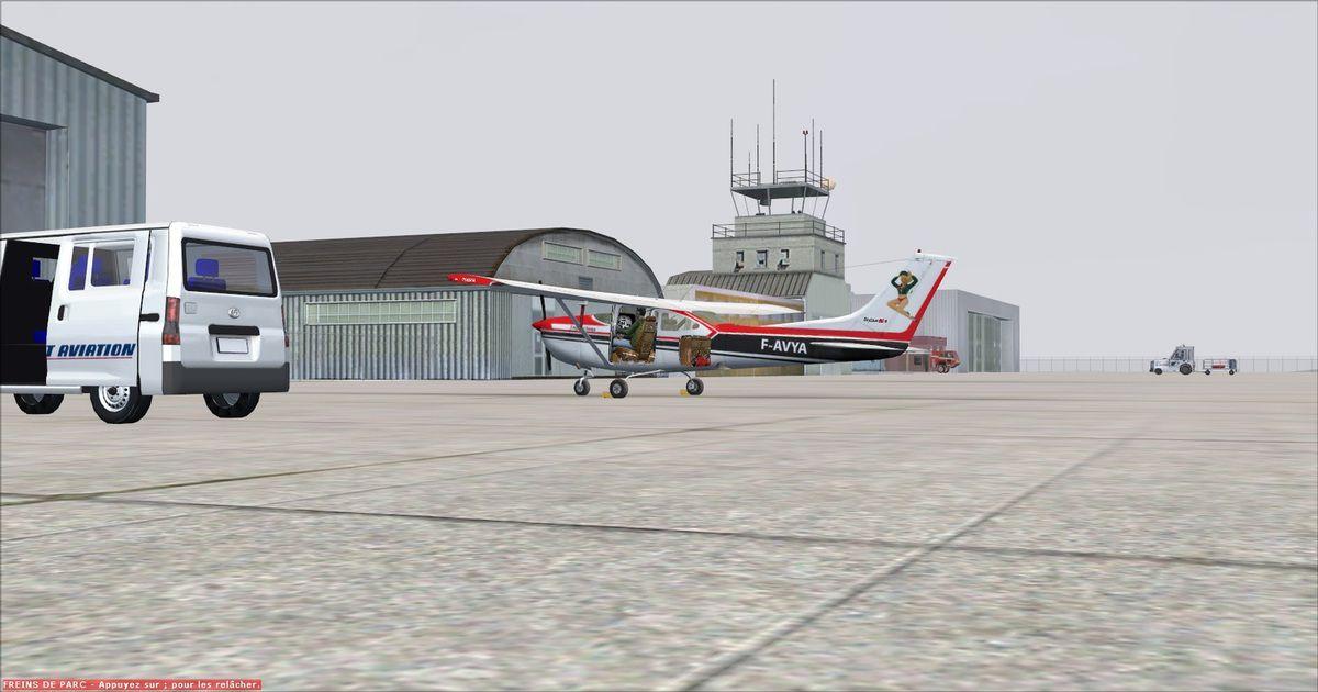 Courte escale à Castres, après 0h30 de vol, le temps de débarquer les passagers et leurs bagages... Le voyage retour sera réalisé à vide pour cette dernière mission VARIO...