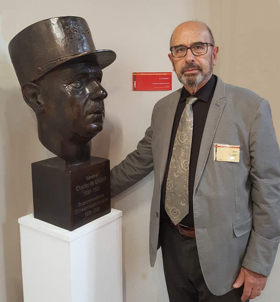 buste en bronze-dan robert-statuaire-STATUAIRE-sculpteur statuaire-de gaulle-de Gaulle-général de Gaulle-50ème anniversaire de sa mort,