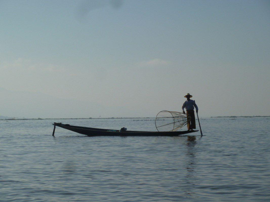 J12 - Nyaungshwe (Lac Inlé)