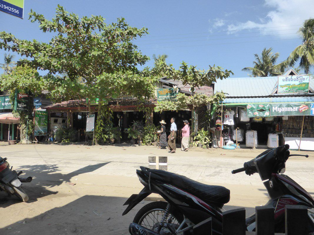 J16 Ngwe Saung