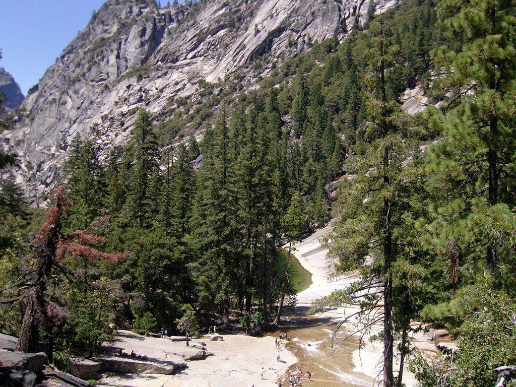 J24 - Yosemite