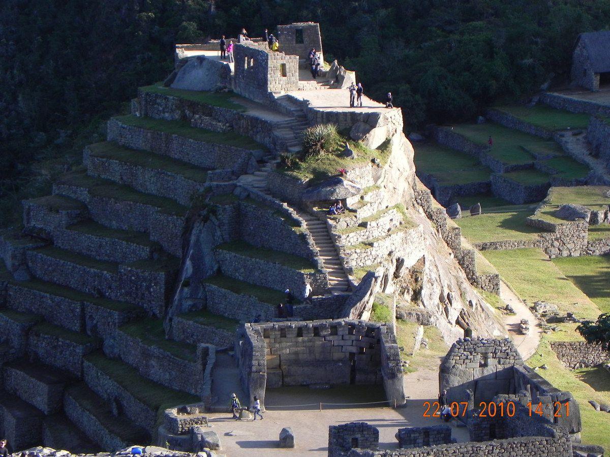 J11 - Machu Picchu