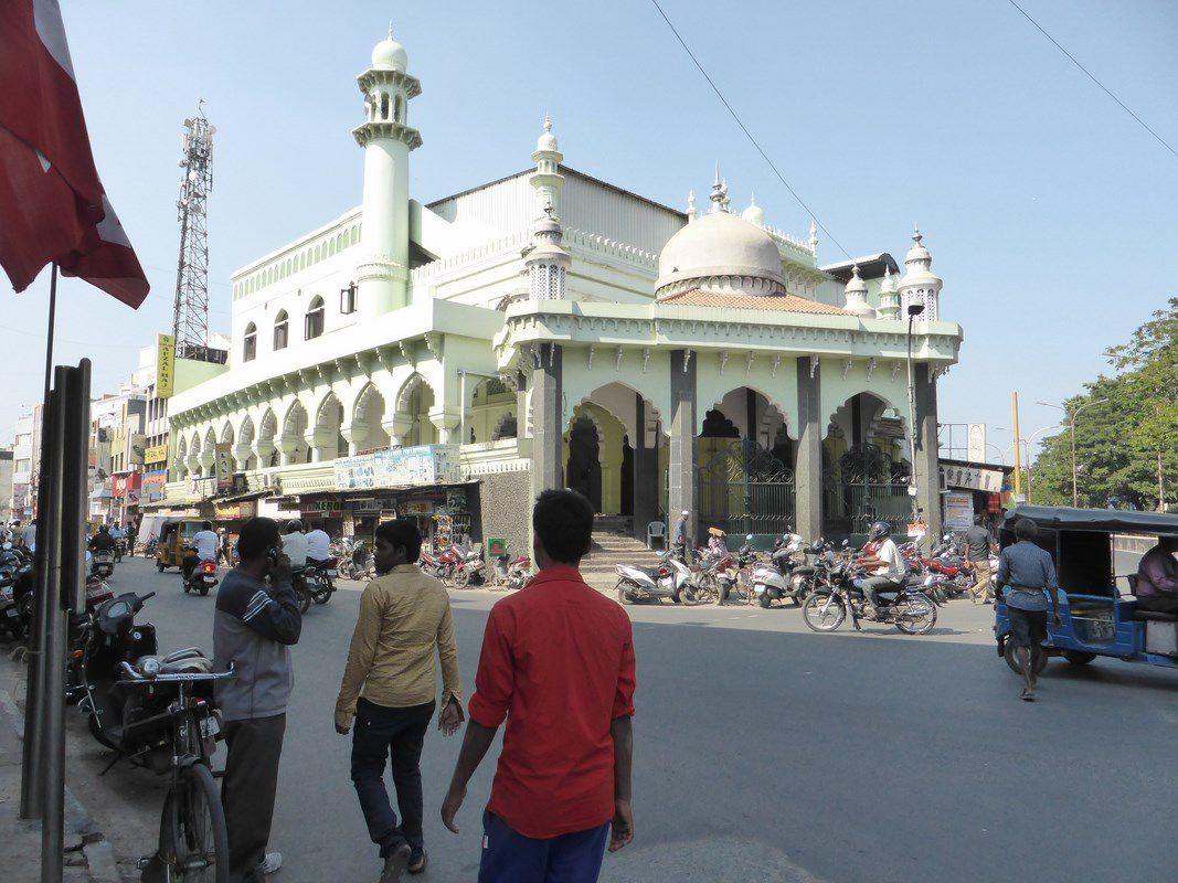 Oui, la Mosquée est opérationnelle, pourquoi ?