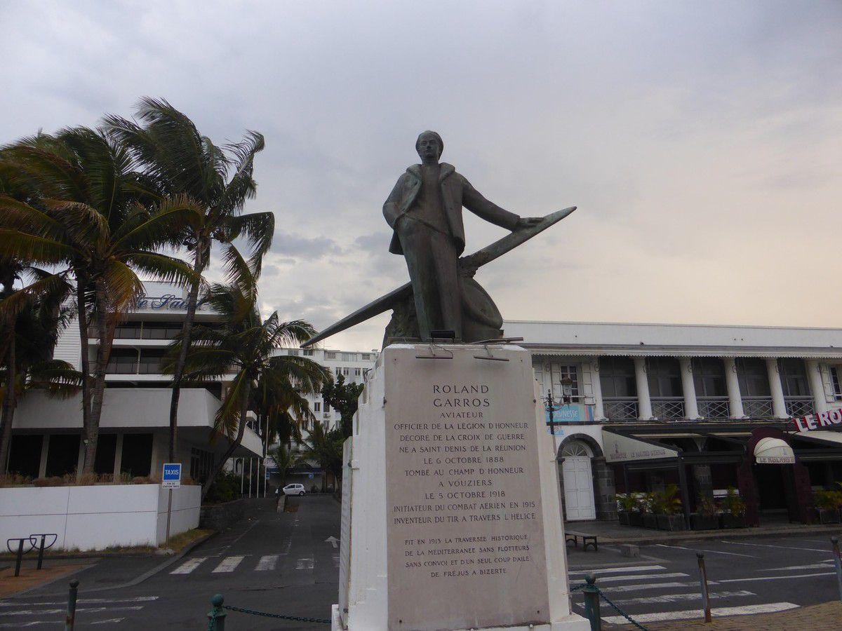 J7 - De Mahébourg à Saint Denis de la Réunion
