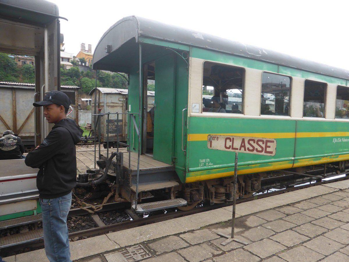 Mardi 17 janvier 2019 - J30 - Le train vers Manakara