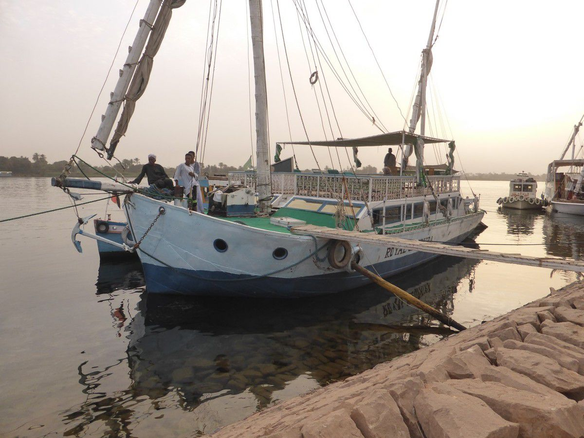 Dimanche 14 avril 2019 - J5 - Sur le Nil, à bord de l'Anubis, notre Dahabeya
