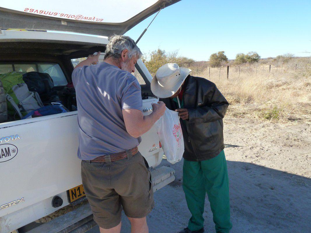 J27 – Mercredi 8 août 2012 – Panne de gas-oil au Botswana …