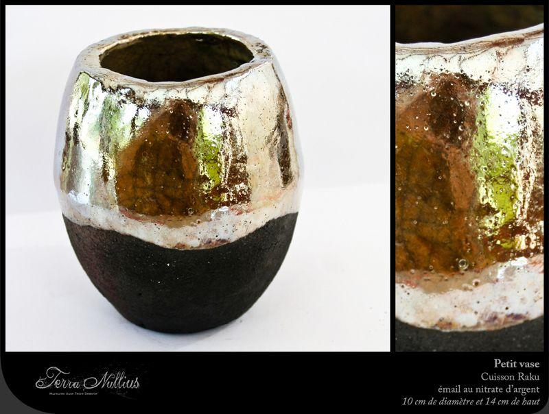 Petit vase avec émail au nitrate d'argent