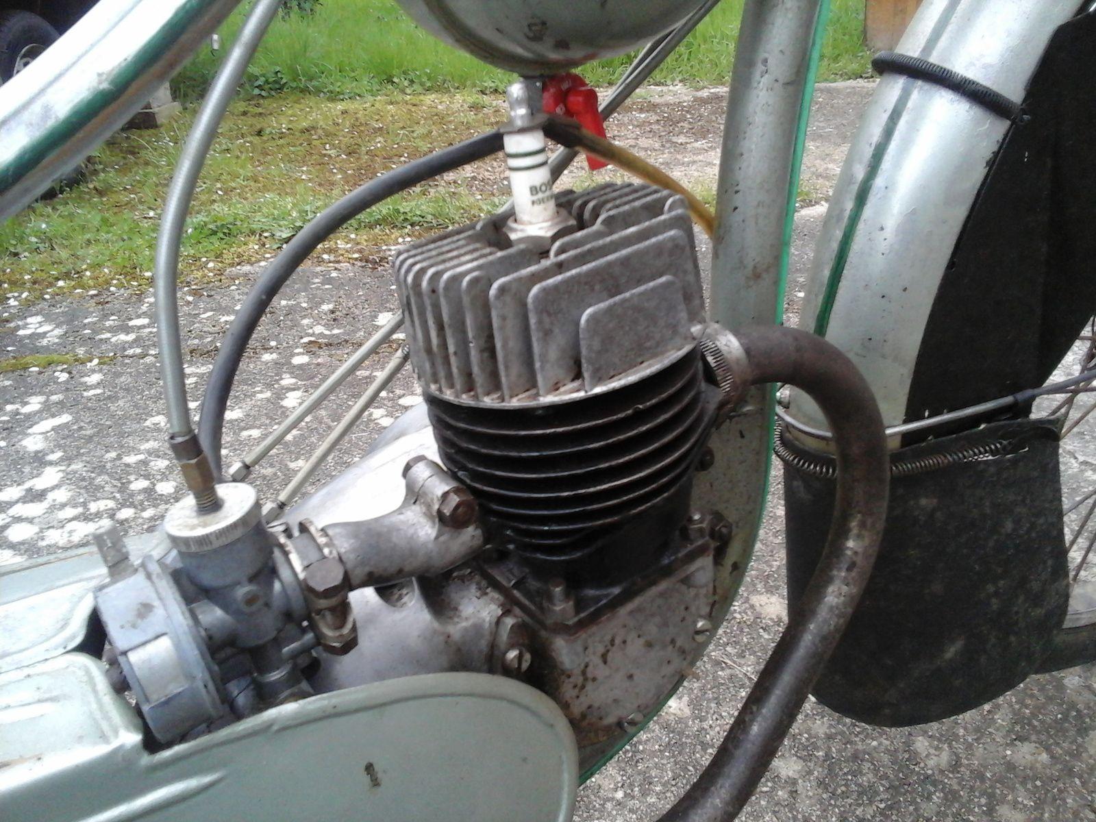 Avec moteur Mistral