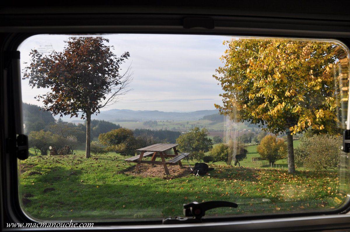 Beaubery, un village à retenir: calme, joli panorama, de l'humour, une aire pour camping-car avec services gratuits: merci à cette municipalité!