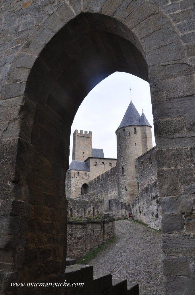 Les mêmes tours vues depuis la Porte du Sénéchal.